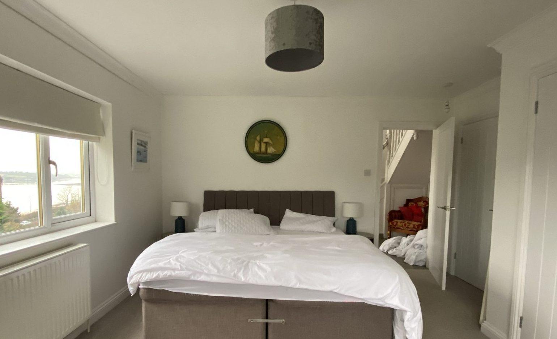 The Curlews GF bedroom before